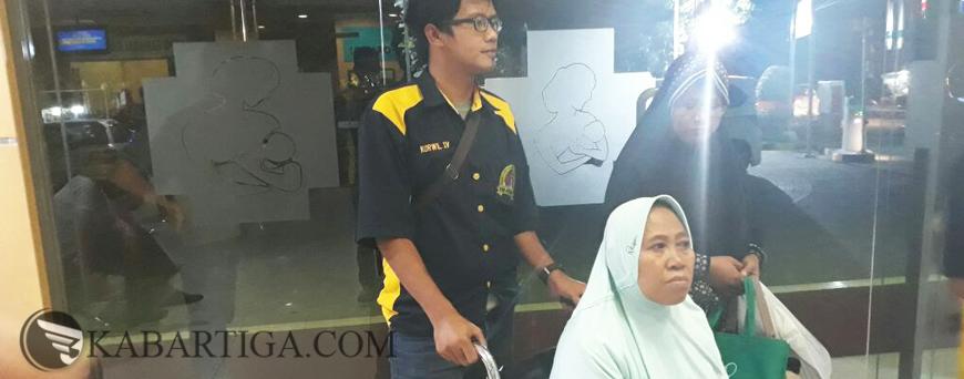 BM Peterpen Bojong Menteng Antarkan Pengidap Ginjal Batu ke RS Hermina