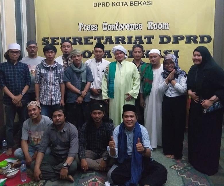 Membangun Akhlak Dari Cara Nabi Muhammad SAW, Jurnalis Kota Bekasi Menggelar Sholawatan